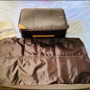 Authentic LV Pegase 55 Roller Carry On Luggage
